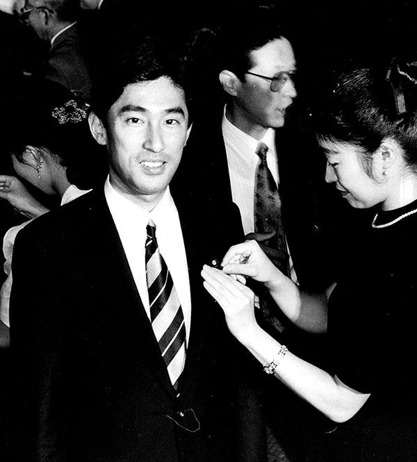 第40回総選挙にて衆議院議員初当選
